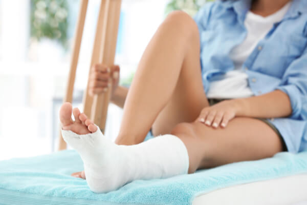 Do you know the difference between an ankle sprain and a broken ankle?